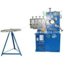 Machine de fabrication de tuyaux d'échappement flexibles en acier inoxydable