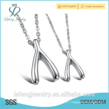 Fashionable jewelry silver and rose gold stainless steel love symbol necklaces