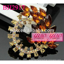 beautiful colored rhinestone fashion brooches