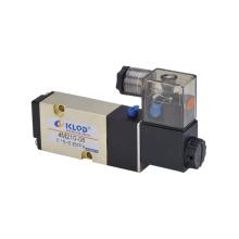 4m-Serie pneumatischen Magnetventil 4m 210-08, weißen Stecker und Licht