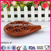 Fabrik maßgeschneiderte, keramische Farbe Eierablage mit Griff, Eierplatte, spezielle