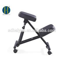 Uso de la oficina para promover una buena postura Taburete ergonómico de rodillas en negro