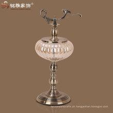 vaso com suporte e tampa decoração indiana de metal e decoração de vidro e metal