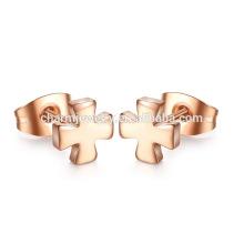 Atacado Moda Ouro Cruz Aço Inoxidável Stud Earrings Unisex ZZE011