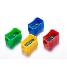 Apara-lápis de plástico barato de um único furo