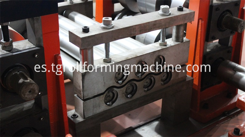 2 Waves Highway Guardrail Machine