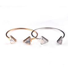 Bracelets de cuivre plaqué or triangle de howlite pierre précieuse