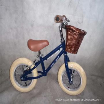 Factory Wholesale Ce En71 Banwood Kids No Pedal Mini Running Balance Bike