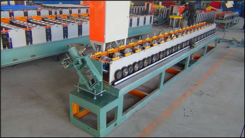 Deur Roll Rack Making Machines