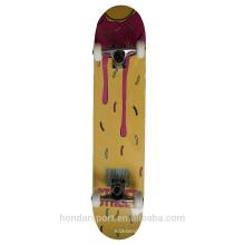 высокое качество подгонянные 9 слой клен полное скейтборд с хорошим ценой