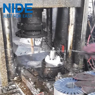Automatic armature aluminum die casting machine