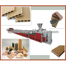 wood plastic composite decking machine