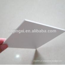 Folha de PVC rígida branca