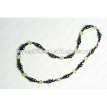 Магнитное ожерелье из оливкового стекла с гематитом из бисера