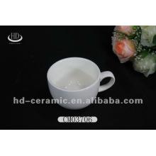 Xícara de chá pequena porcelana