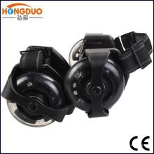 мигающий ролик с 3 светодиодные лампы/мигающий роликовые коньки для продажи