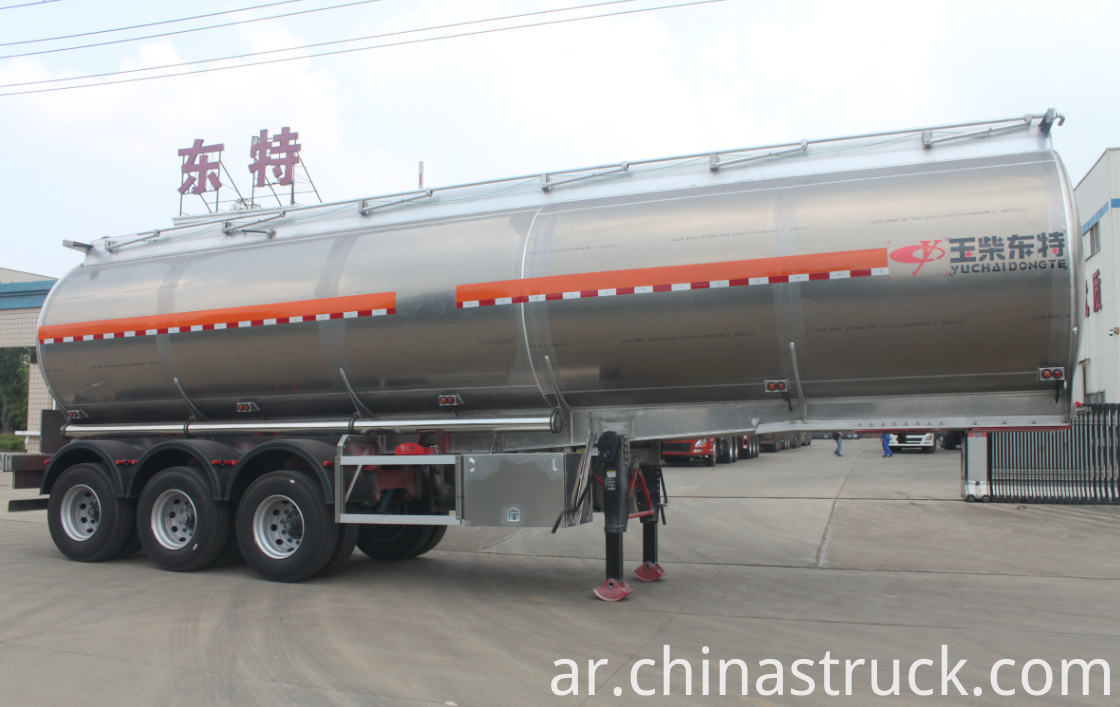12000 gallons fuel tank semi-trailer