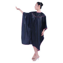 Hair Styling Cape, Made of Bright Nylon Treated Teflon, with Acrylic Coating, Perfect for Salon
