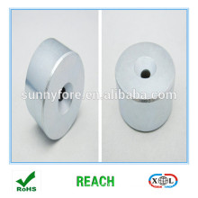 round magnet with hole