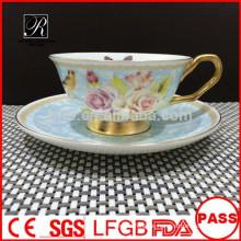 PT Porzellan Fabrik Bone China Kaffee-Set, Tasse und Untertasse