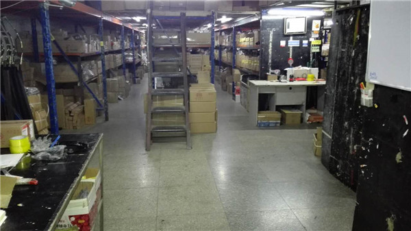 BYD auto spare parts warehouse (3)