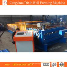 Máquina para conformar rollos de paneles usados