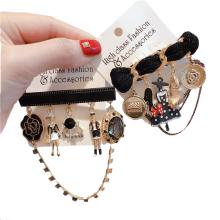 Euro American Alloy Rhinestone Chain Designer Brooch for Women Girl Coat Sweater Accessories Vintage Badge Fashion Jewelry