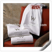 Algodão egípcio branco 32s macio bordado preço de fábrica melhores toalhas
