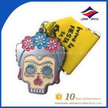 Personalizado de alta calidad de esmalte logotipo de impresión cabeza forma medallas de honor