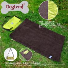 Couverture portative extérieure de lit de chien d'animal familier Couverture moyenne de voyage de chien large