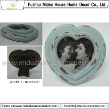 Смазливая деревянная рамка для фотографий в форме сердца