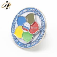 Benutzerdefinierte weiche Emaille Metall Blume Silber Abzeichen Pins