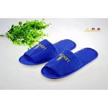 Синяя махровая тапочка с открытым носком