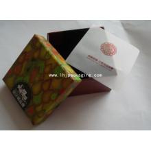 Бумажная коробка с подарочным пакетом из прозрачного картона с пользовательской печатью