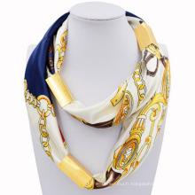 Hot vente mode personnalisé infini impression plaine écharpe avec des bijoux