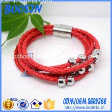 Bracelet en cuir rouge personnalisé avec fermoir magnétique