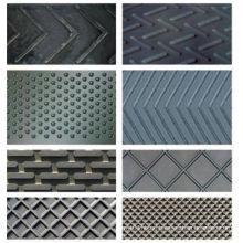 Chevron Conveyor Belt with Kind S of Cleat Shape for Transmission Belt