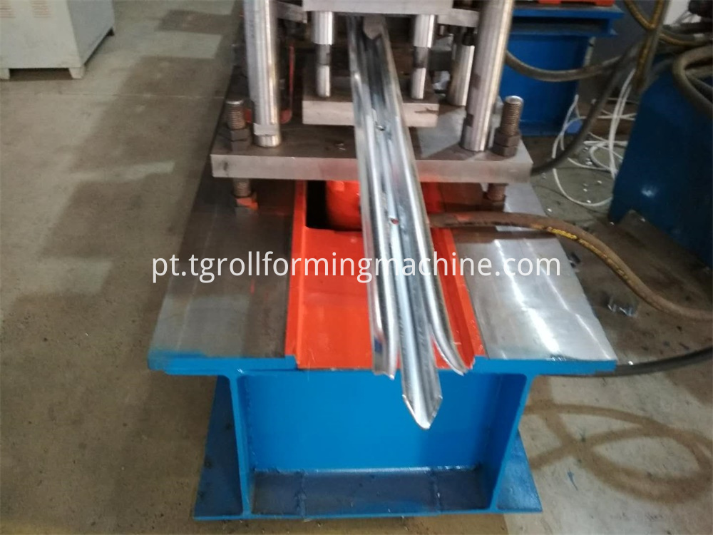 Palisade Making Machine