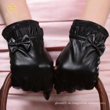 Neue Art schwarze Farbe C40 Thinsulate Futter Frauen Handschuhe mit Bogen