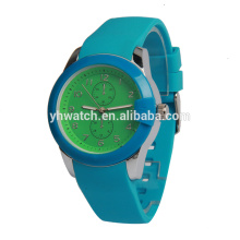 Factory price fashion sport silicone watches with custom logo
