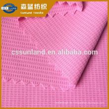 100 Polyester 40+ Anti-UV-Mech-Gewebe Feuchtigkeitsabsorbierendes Anti-UV-Coolmax-Pique-Mesh-Gewebe SPF 50+