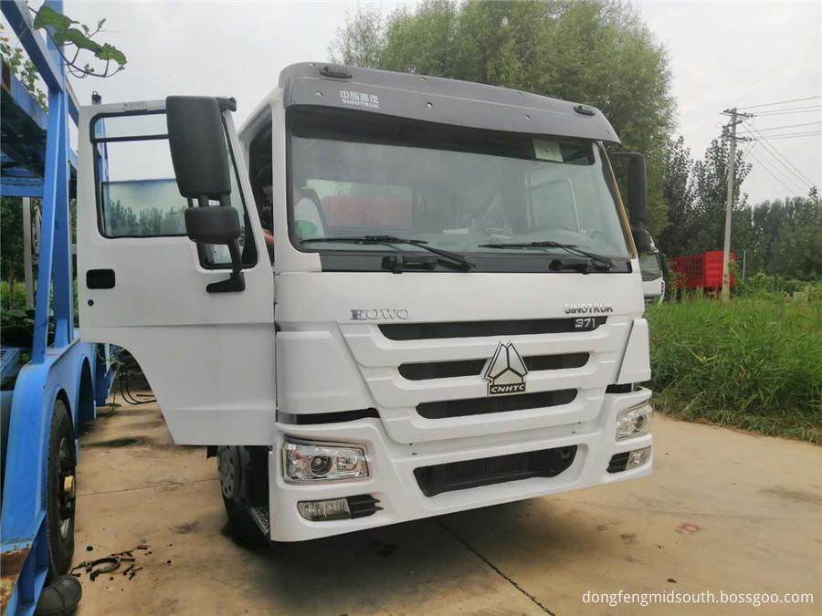 Sinotruck Howo 6x4 Truck Head 371hp 6