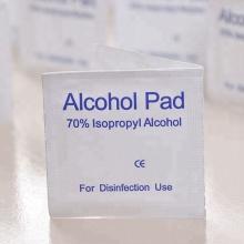 Écouvillon jetable d'alcool isopropylique à 70%