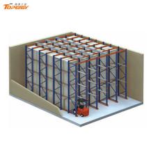Estante de paletización autoadhesiva de metal con almacenamiento en polvo