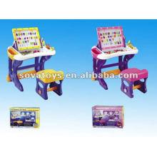 2012 miúdos que escrevem o jogo do brinquedo da placa com cadeira