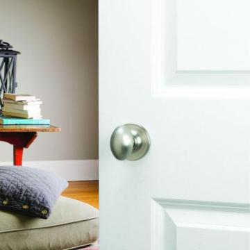 Nickel Privacy Knob with Universal 6-Way Latch