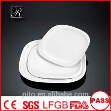 Usine de chaozhou P & T, plaques carrées blanches, assiettes à la viande, assiettes à la viande