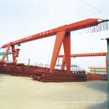 Portal-Werftkrane mit langen Spannweiten und starrem Ausleger