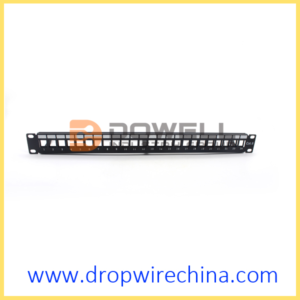 24 Port unloaded patch panel with cable guide