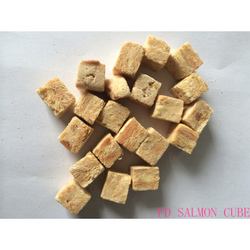 Dry salmon cube delicious for cats